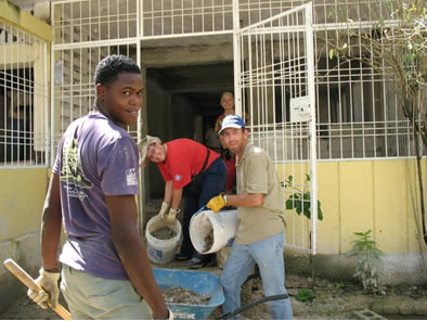 Haiti volunteers