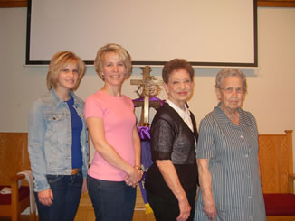 Emily Bachman, Dr. Dena Bachman, Phyllis Graham and Amy Tuey