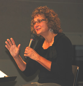 Cathy Townley leading an FCLI workshop on Passionate Worship