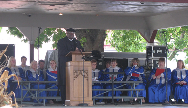 Bishop Gregory V. Palmer preaching at the 175th Anniversary celebration in Beardstown